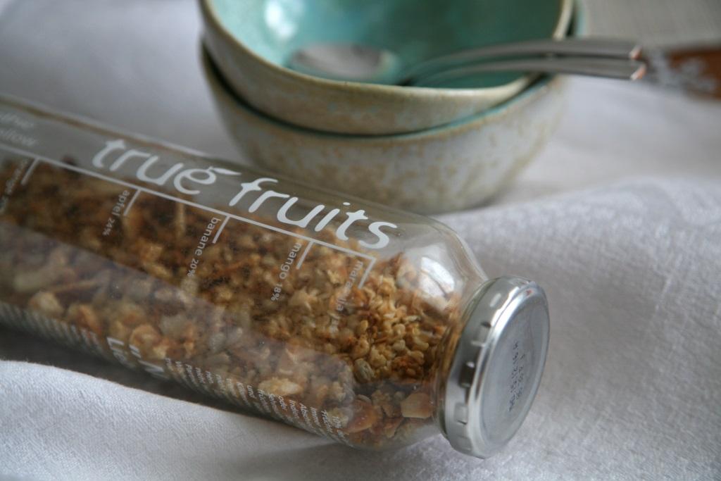 Hafer Quinoa Granola im Vorratsglas
